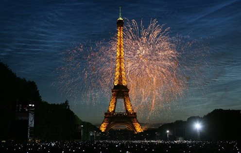 Eiffel tower july 14 fireworks